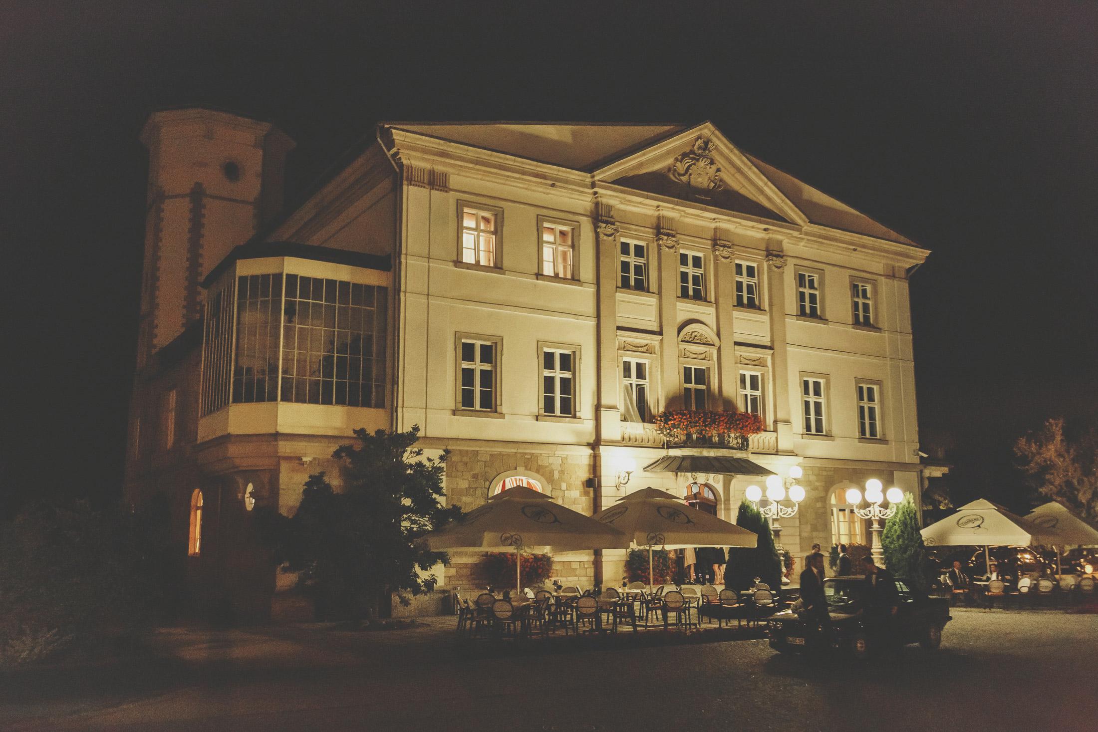 hochzeit in polen location, schloss, Pałac Brunów, fotograf