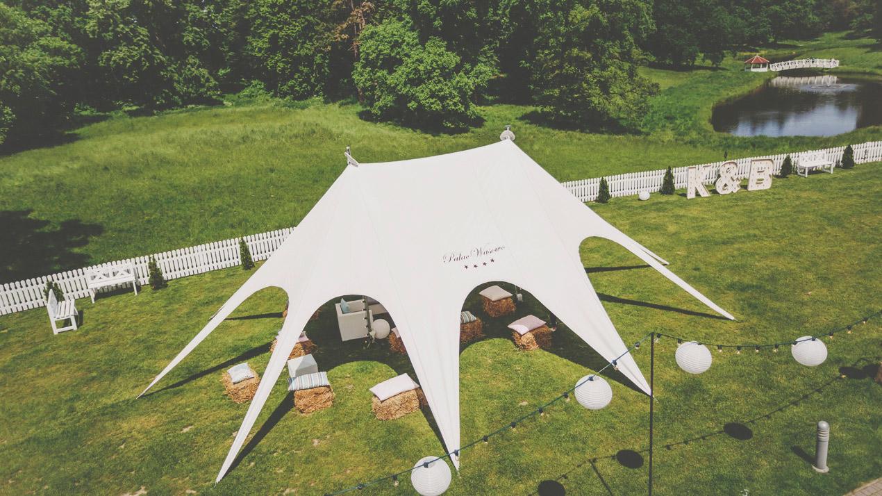 Pałac Wąsowo, ślub i wesele, podświetlane litery, namiot na ślub