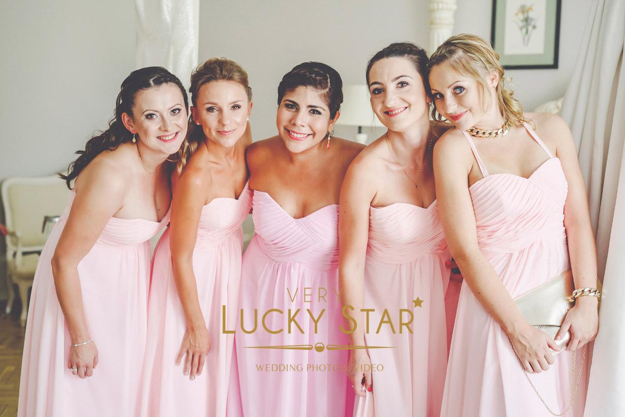 Pałac Brunów, wesele, wedding, przygotowania, panna młoda, szlafroczek, druhny, dolny slask, fotograf