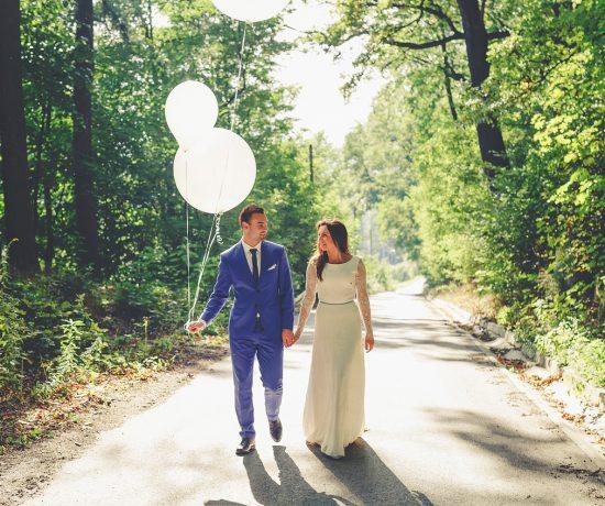 fotografia ślubna sesja zdjęciowa z balonami