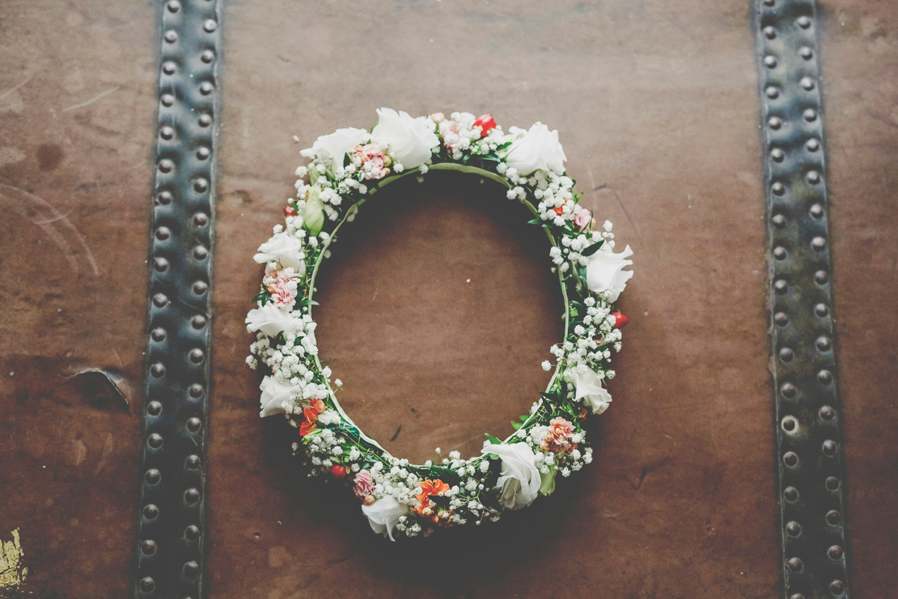 Grochowiska Szlacheckie, ślub i wesele, fotograf, wianek, kwiaty