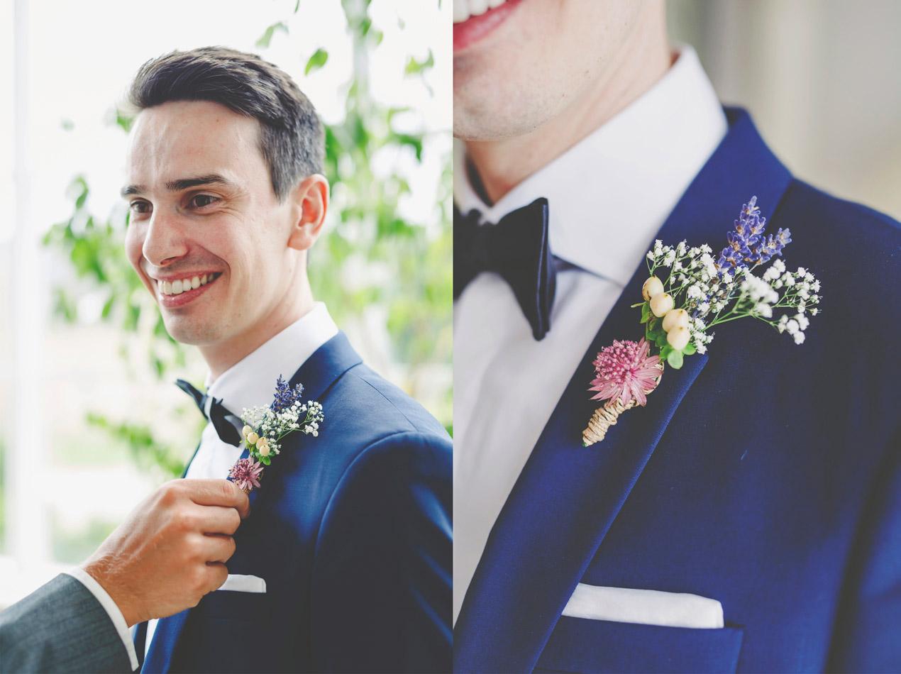 Pan młody, przygotowania, kwiat w butonierce, reportaż ślubny