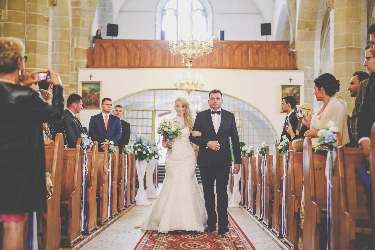 ślub, kościół św Franciszka Lwówek Śląski