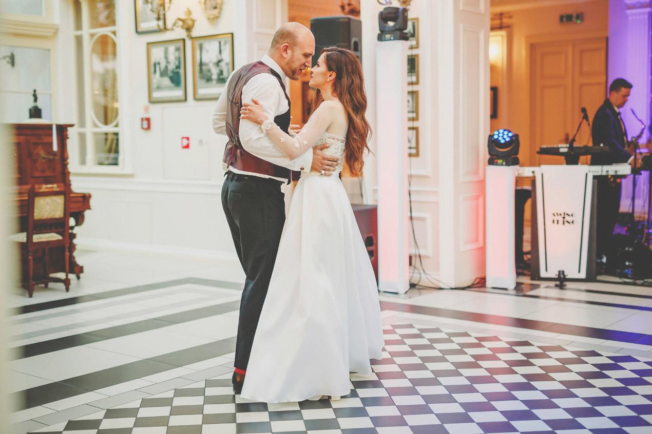wesele Pałac Tłokinia, fotografia ślubna wielkopolska, fotograf na ślub