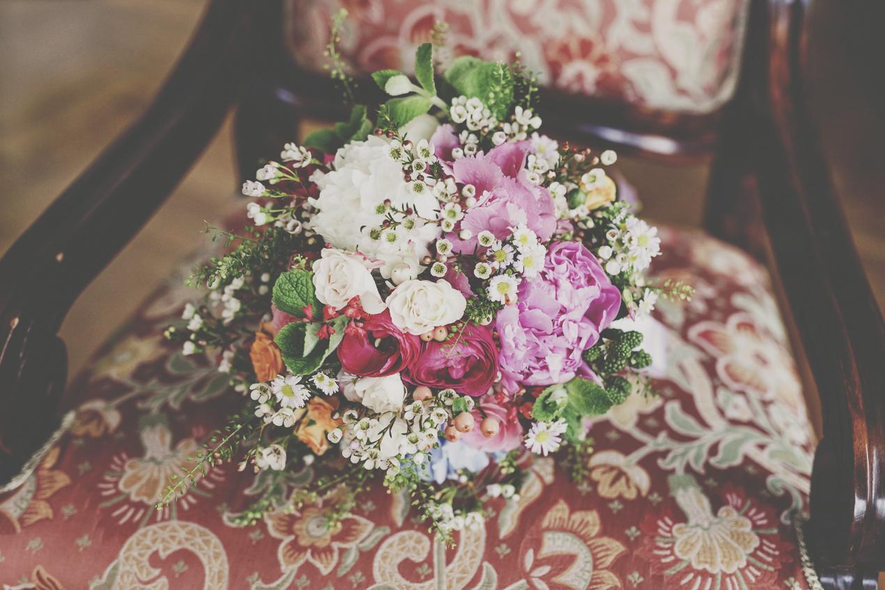 Pałac Wojanów ślub kwiaty bukiet