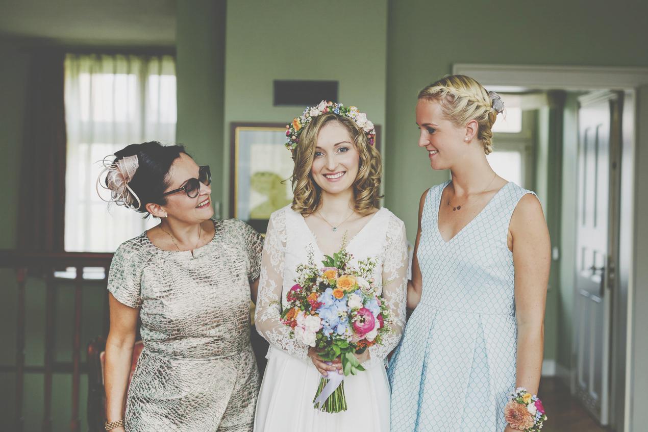 Pałac Wojanów, ślub, wesele, przygotowania, sukienka ślubna, panna młoda, bukiet