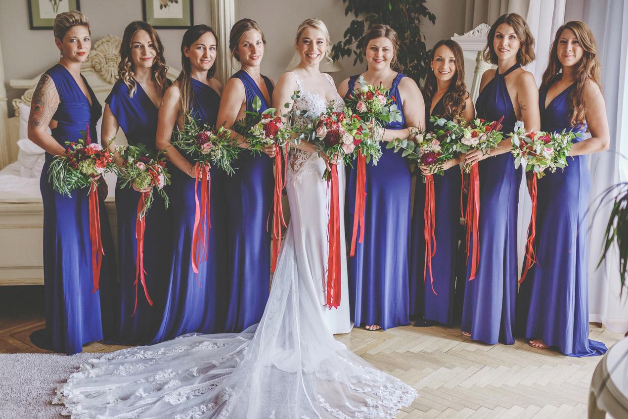 fotografia ślubna, panna młoda, zdjęcia ślubne, fotograf na ślub, ślub w pałacu, druhny