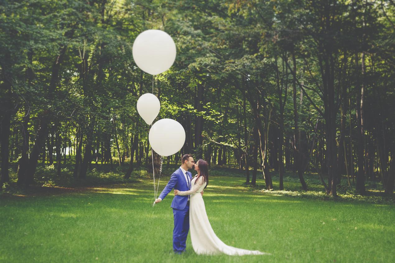 sesja zdjęciowa z balonami_fotografia ślubna