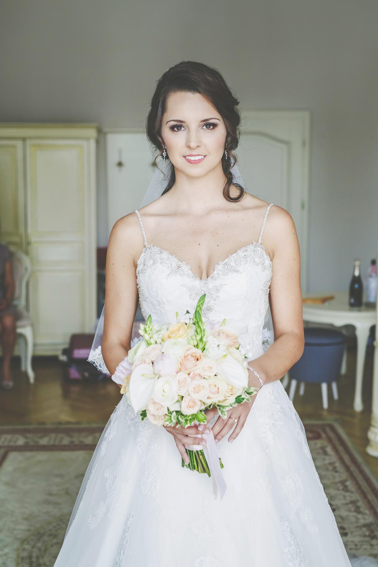 Pałac Brunów, przygotowania panny młodej, fotografia ślubna