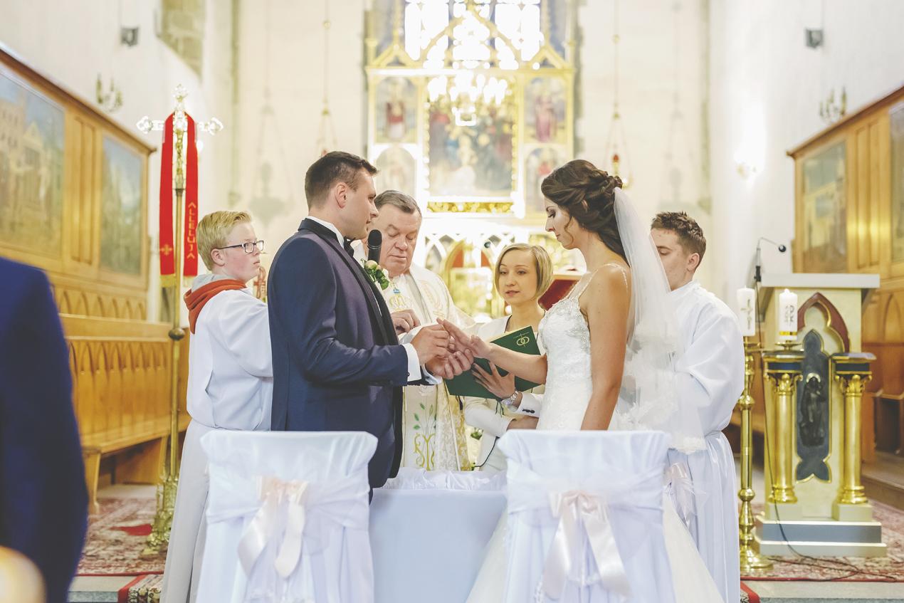 Pałac Brunów wesele, ślub kościół św. Franciszka Lwówek Śląski, przysięga